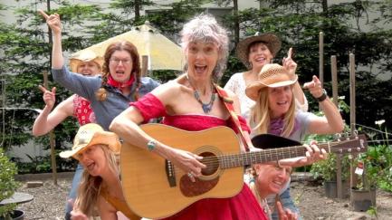 Older Ladies, chanson des aînées par Donnalou Stevens